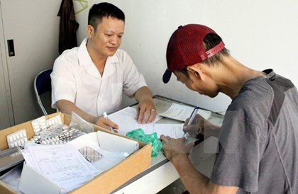 Đề xuất cơ chế bán BHYT đặc thù cho người nhiễm HIV - 1