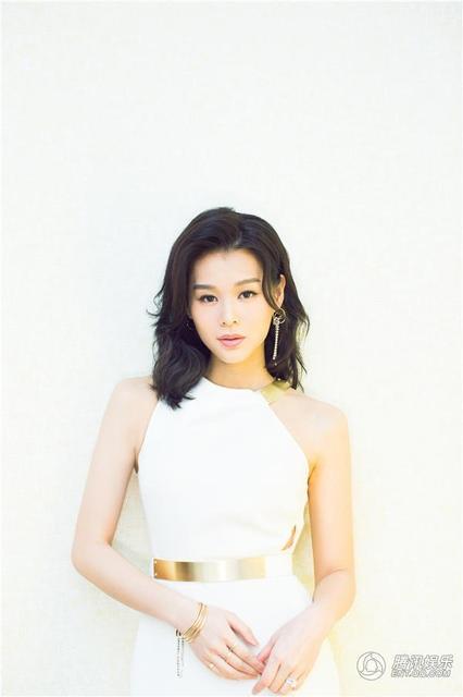 Người đẹp 37 tuổi từng là diễn viên chủ lực của TVB với vô số giải thưởng điện ảnh.