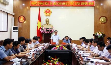 Lãnh đạo tỉnh Thái Nguyên tổ chức cuộc họp bàn biện pháp khắc phục sự cố, đảm bảo an toàn cho người dân.