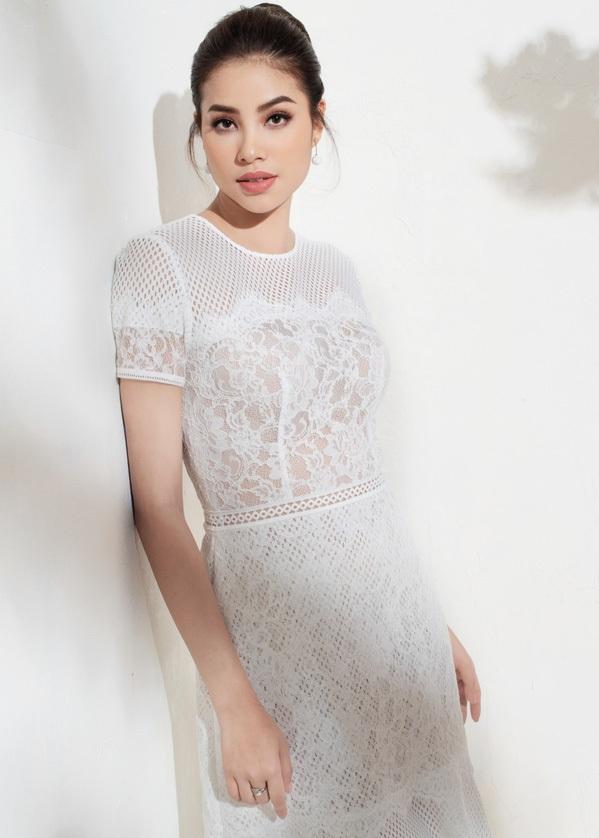 Cho đến hiện tại, khi mọi việc đã có phần ổn định, hoa hậu Phạm Hương sẽ quay trở lại với ước mơ của mình trong nhiều năm qua.