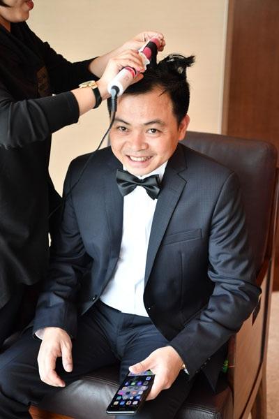 Ông Doãn Văn Phương là doanh nhân giàu có gốc Thanh Hóa, sinh năm 1977. Anh là chủ tịch một công ty nông dược ở TP HCM, đồng thời là chủ tịch một câu lạc bộ bóng đá của Thanh Hóa.