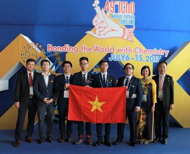 Việt Nam đoạt 3 Huy chương vàng Olympic Hoá học quốc tế năm 2017