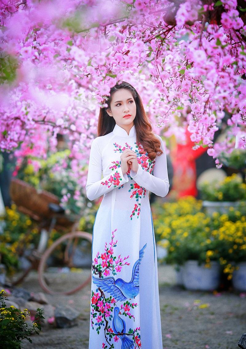 Dàn hoa khôi lộng lẫy trong trang phục áo dài đón Xuân - 3