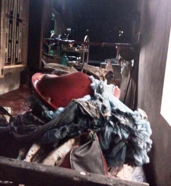 Mọi vật dụng trong nhà đều bị thiêu rụi hoàn toàn