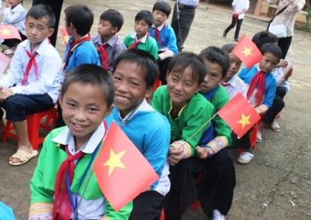 Hơn 19 nghìn học sinh thuộc đối tượng chính sách được nhận gạo hỗ trợ