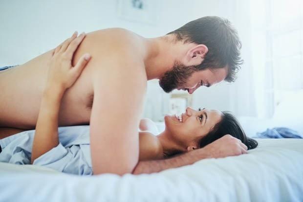 """37% số cặp đôi sẽ ít làm chuyện """"yêu"""" sau khi cùng nhau làm một việc - 1"""