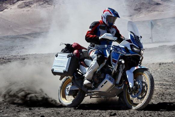 Honda Africa Twin Adventure Sport – Tiện dụng hơn, đẳng cấp hơn - 10