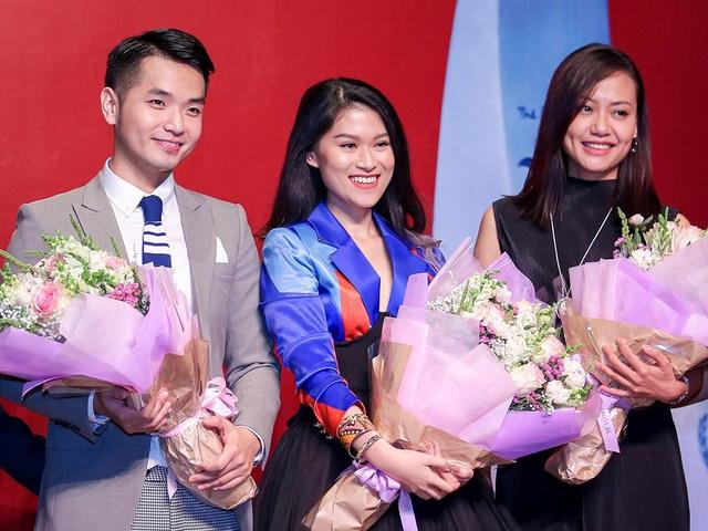 2 diễn viên chính của phim - ca sĩ Phạm Hồng Phước và Ngọc Thanh Tâm. Phạm Hồng Phước lần đầu tham gia đóng phim nhưng đã bất ngờ nhận được giải Nam diễn viên chính Xuất sắc nhất.