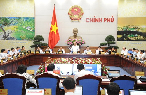 Phiên họp giữa năm của Chính phủ diễn ra trọn ngày 3/7.