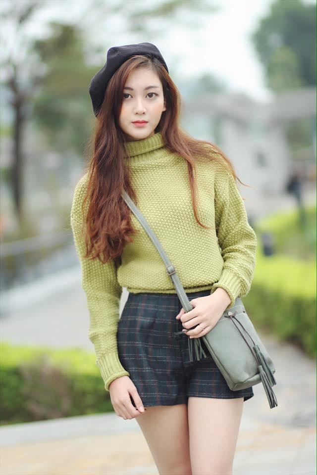 Không chỉ có thân hình đẹp, Thanh Huyền còn có gương mặt xinh xắn cuốn hút.