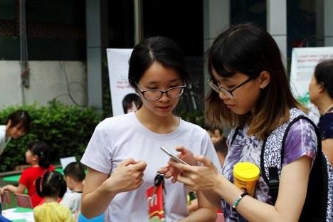 Hàng nghìn mẹ tìm hiểu cách hạn chế sử dụng kháng sinh cho con - 1
