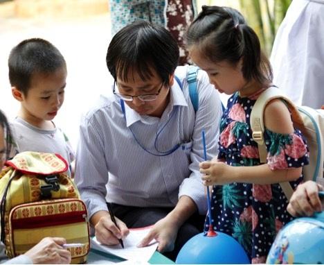 Hàng nghìn mẹ tìm hiểu cách hạn chế sử dụng kháng sinh cho con - 2