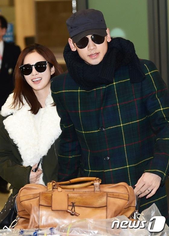 Kim Tae Hee cho hay, cô hiện đang sống cùng bố chồng và thực hiện mọi trách nhiệm của một nàng dâu bình thường tại Hàn Quốc.