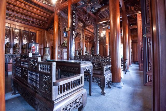 Nội thất trong căn nhà truyền thống cũng được làm công phu, đắt đỏ với lối kiến trúc cổ truyền tạo nên sự hài hòa, ấn tượng. Ảnh: KTS Nguyễn Giang