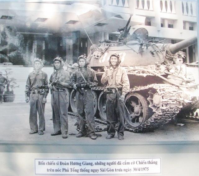 Một số ảnh về thời khắc giải phóng miền Nam.