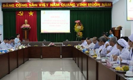 Bộ trưởng Y tế làm việc với ngành Đông y tại TPHCM