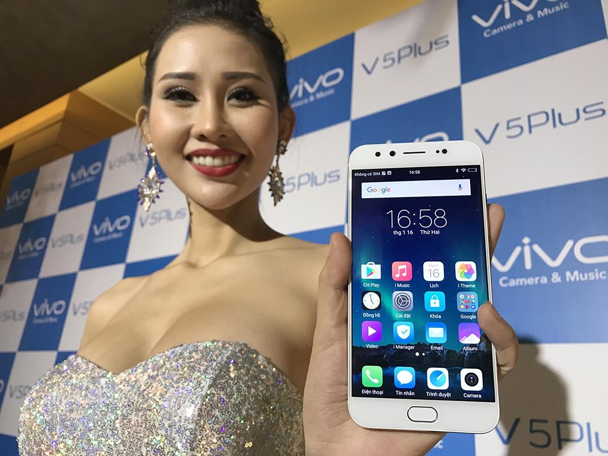 """Vivo tung smartphone camera kép selfie 20 """"chấm"""" tại Việt Nam - 1"""