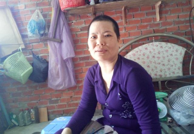 Chị Nguyễn Thị Loan cho rằng, phía bệnh viện đã quá chậm trễ không cho chuyển viện đã dấn đến chồng chị phải cưa chân.