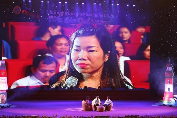 Cô giáo Đào Hải Ninh và câu chuyện vừa làm mẹ, vừa làm cha khi chồng làm nhiệm vụ xa nhà.