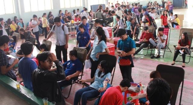 Một đợt hiến máu tình nguyện với sự tham gia của hàng trăm lượt người tại tỉnh Bạc Liêu.