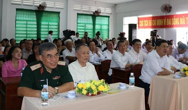 Cử tri quận Ninh Kiều, TP Cần Thơ tham gia buổi tiếp xúc