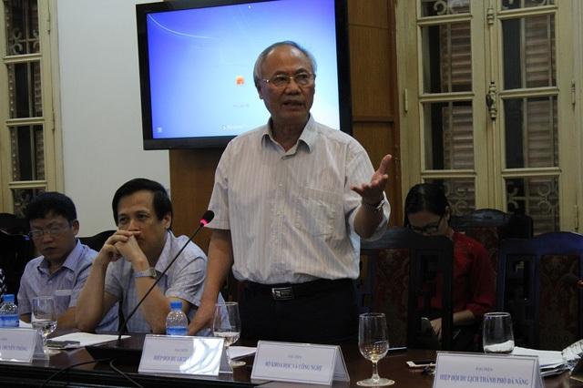 Ông Vũ Thế Bình - Phó Chủ tịch Hiệp hội Du lịch Việt Nam phát biểu trong một cuộc họp về Du lịch mới đây tại Hà Nội