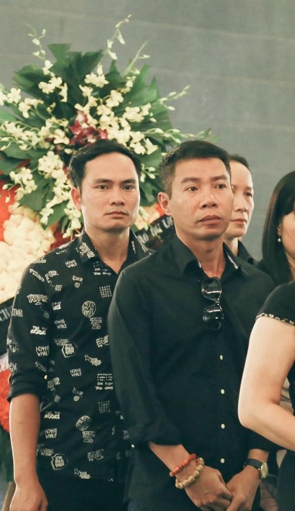 Dàn Táo Quân lặng lẽ đến tiễn biệt mẹ NSƯT Chí Trung - 2