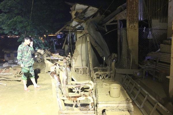 Hình ảnh tan hoang tại thị trấn Mù Cang Chải - Yên Bái sau cơn lũ ống. (Ảnh: Trần Thanh).
