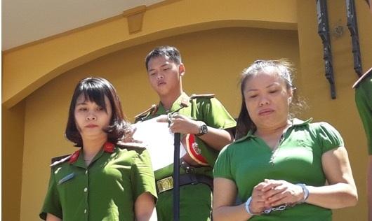 Dẫn giải Nguyễn Thị Phương Nhi về trại giam
