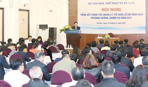 Bộ trưởng Nguyễn Ngọc Thiện tại Hội nghị tổng kết công tác lễ hội 2016. Ảnh: BVH.