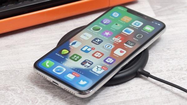 Nếu iPhone X thất bại có dẫn đến một giai đoạn suy thoái của Apple?