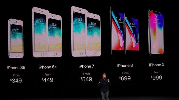 Không chỉ là phiên bản iPhone có giá cao nhất lịch sử, iPhone X còn là phiên bản có giá linh kiện đắt nhất từ trước đến nay của Apple