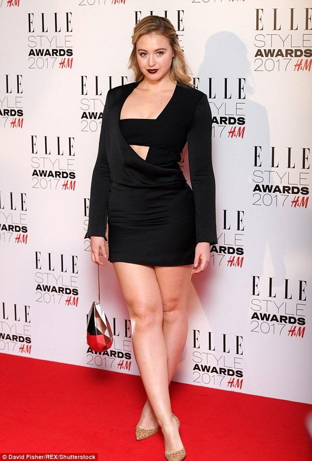 Iskra Lawrence xuất hiện nổi bật tại lễ trao giải của tạp chí Elle tổ chức tại London ngày 13/2 vừa qua