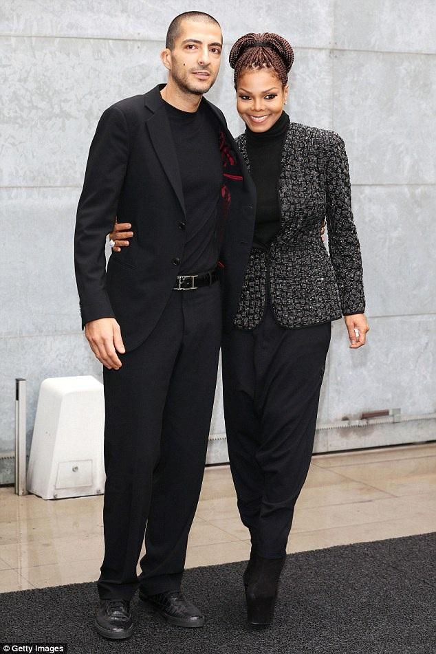 Nữ ca sỹ người Mỹ kết hôn với thương gia Wissam Al Mana vào năm 2012. Chồng cô là người gốc Qatar, sở hữu khối tài sản hơn 1 tỷ đô la Mỹ