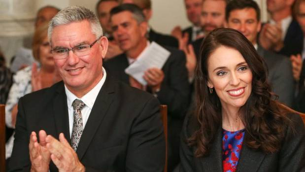 Tân Thủ tướng New Zealand cũng là một người theo chủ nghĩa nữ quyền. Bà đã công khai ủng hộ việc tự do hóa luật phá thai, loại hành động này ra khỏi danh sách tội hình sự. Bà còn là người rất tâm huyết với tham vọng giúp phụ nữ có tiếng nói hơn bằng các cam kết sẽ thúc đẩy việc trả lương công bằng, ủng hộ phụ nữ cống hiến cho xã hội. (Ảnh: Smh)