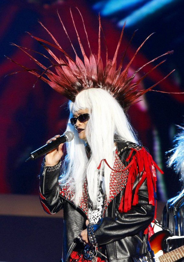 """Bộ trang phục """"phá cách"""" mà Jack Ma đã mặc tại sự kiện kỷ niệm thành lập Alibaba năm 2009"""