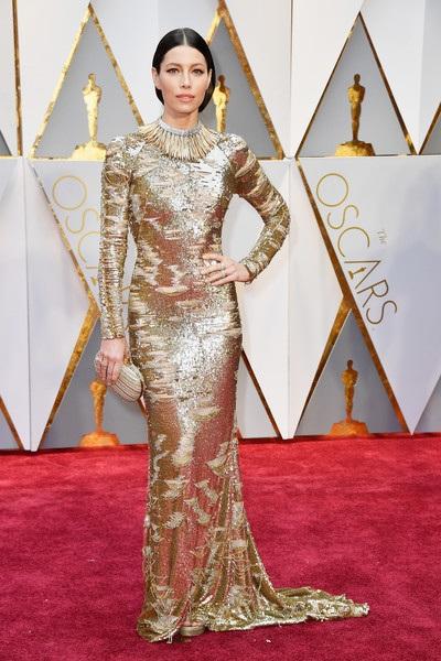 Dập dìu người đẹp trên thảm đỏ Oscar 2017 - 32