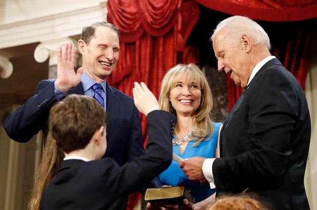 Ông Bidel tái đắc cử vào Thượng viện 6 lần, và phục vụ suốt từ 1973 đến 2009, khi ông trở thành Phó tổng thống Mỹ (Ảnh: AP)