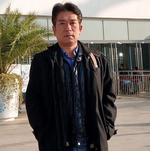 Ông John Chen – người đã chụp bức ảnh có chiếc UFO.
