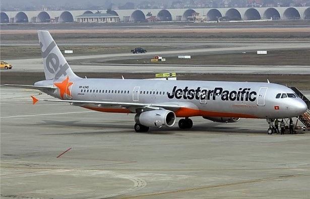 Cặp vợ chồng đánh nhau trên máy bay của Jetstar Pacific bị cấm bay 1 năm
