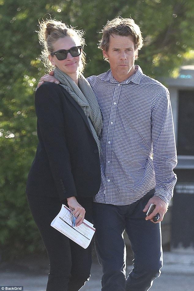 Julia Roberts - ngôi sao nữ được trả cát sê lên tới 20 triệu đô la cho 1 vai diễn dành nhiều thời gian cho gia đình những năm gần đây