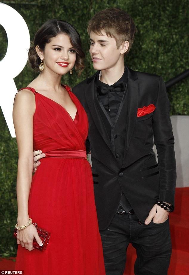 Selena Gomez từng có những năm tháng buồn bã và khổ đau khi ở bên Justin Bieber.