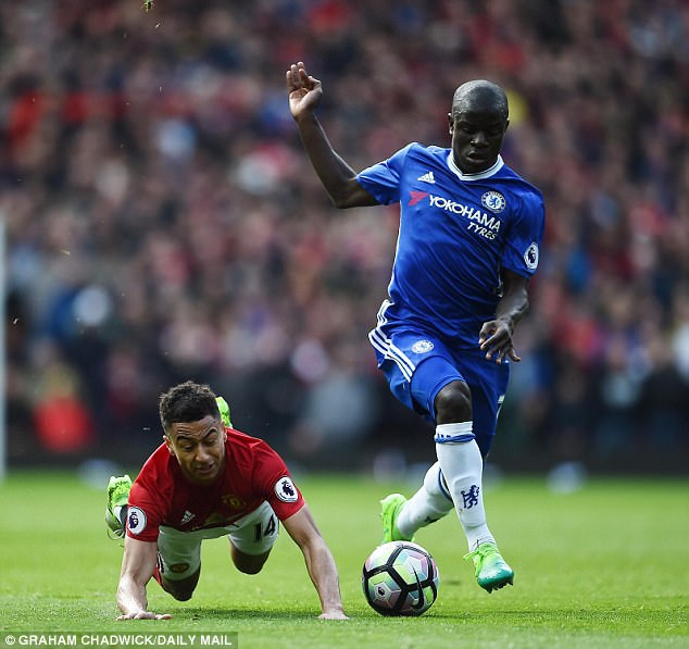 Kante là bản hợp đồng thành công nhất của Chelsea ở mùa này