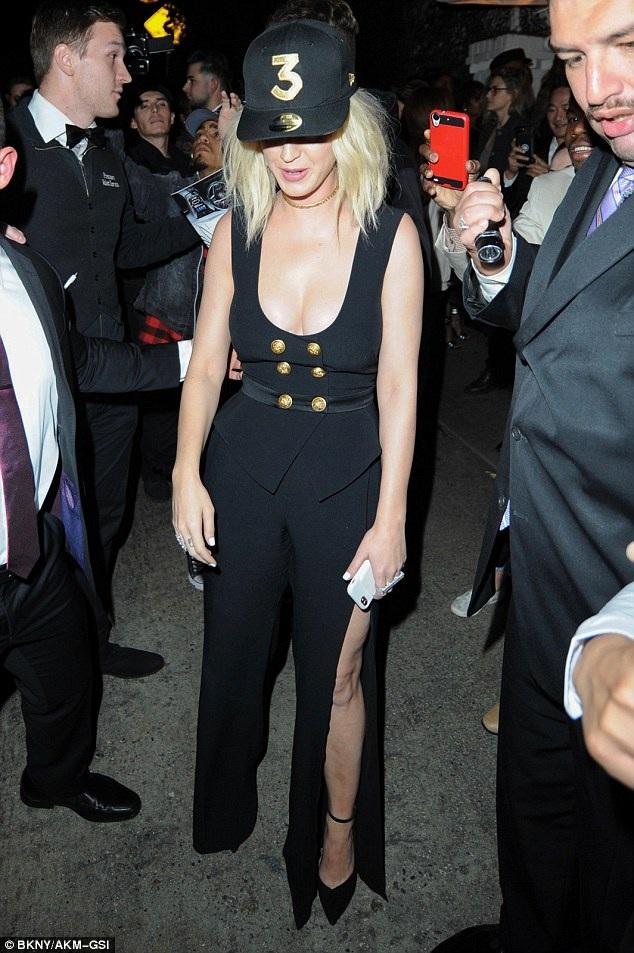 Katy trước đó đã có màn diễn thành công trên sân khấu của lễ trao giải Grammy
