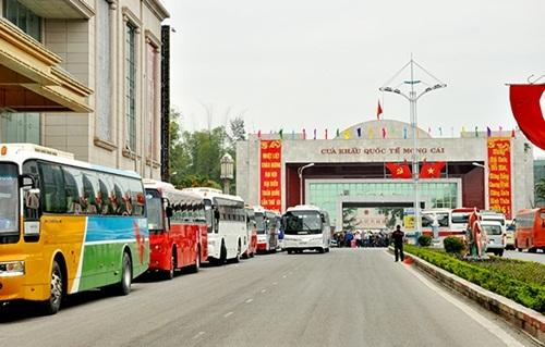 Du khách Trung Quốc vào Việt Nam tăng kỷ lục