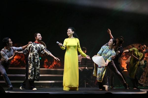 Đêm nhạc Khánh Ly tại Hà Nội (Ảnh minh họa)