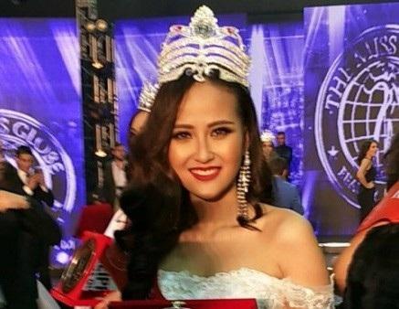 Cuộc thi kết thúc vào 6h sáng (Giờ Việt Nam) và đại diện Việt Nam - Đỗ Trần Khánh Ngân xuất sắc đăng quang ngôi vị Hoa hậu Hoàn cầu 2017. Kết quả trên hoàn toàn xứng đáng với những nỗ lực mà cô nàng đã bỏ ra trong suốt 7 tháng vừa qua