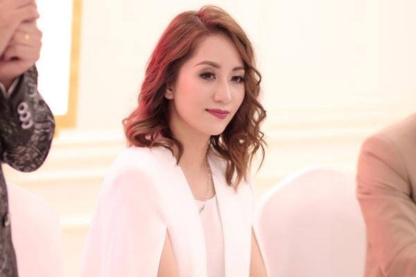 Là một nhà giáo, Khánh Thi thấu hiểu cảm xúc của vợ Xuân Bắc.