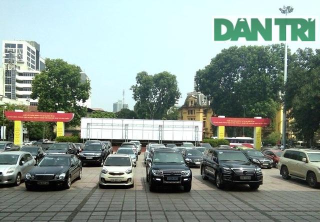 Sau Bộ Tài chính, một số cơ quan đã bắt đầu áp dụng cơ chế khoán xe công (ảnh minh họa)