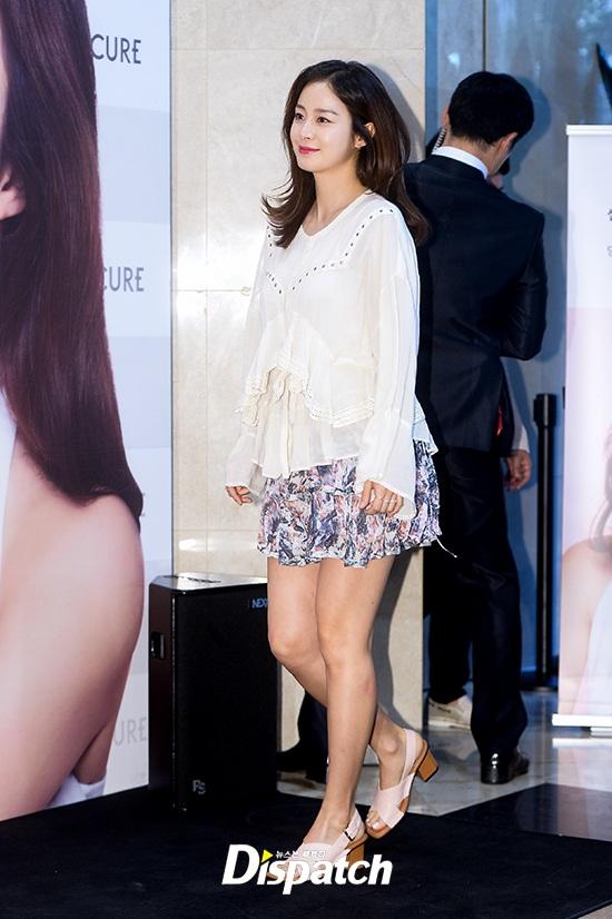 Kim Tae Hee xuất hiện tươi trẻ sau xác nhận mang bầu - 8